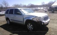 2008 JEEP GRAND CHEROKEE LAREDO #1354661958