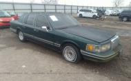 1994 LINCOLN TOWN CAR SIGNATURE/TOURNAMENT #1477391462