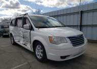 2010 CHRYSLER TOWN & COU #1655899245