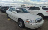 2006 LINCOLN TOWN CAR SIGNATURE LIMITED #1694469782