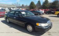 1999 LINCOLN TOWN CAR EXECUTIVE #1694969910