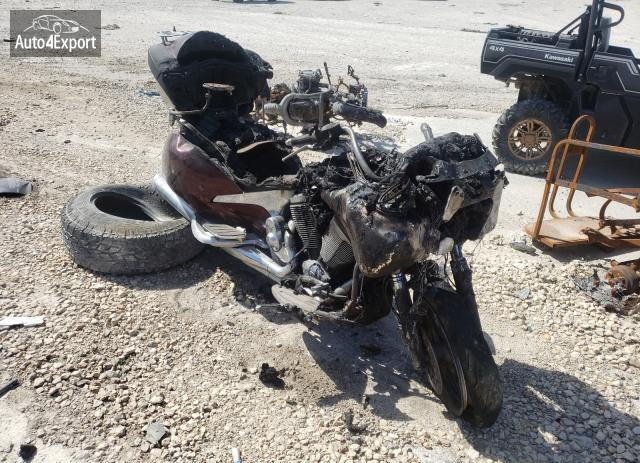 2009 VICTORY MOTORCYCLES VISION TOU #1774118830